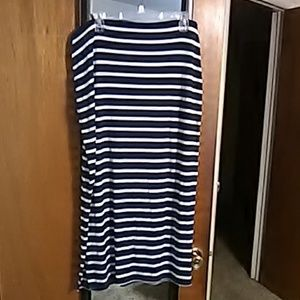 Stripped navy blue and white Maxi skirt